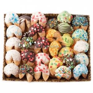 Печенье с предсказаниями в шоколаде